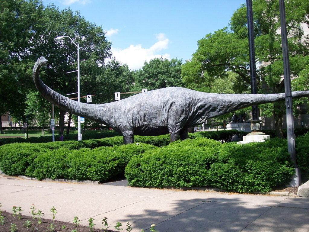 dinosaurios más fuertes